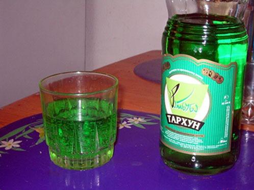 из тархуна изготавливают вкусный газированный напиток