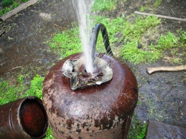 зачем баллон из-под газа наполнять водой